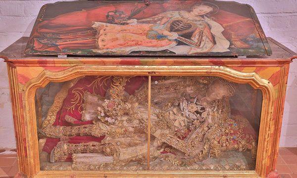 Katakombenheiliger im Museum in der Bruderkirche des Klosters Heiligkreuztal
